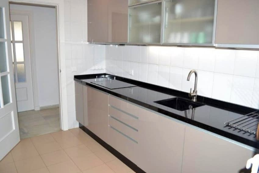 613_3_bedroom_apartment_in_Torrequebrada_with_sea_views_and_walk13